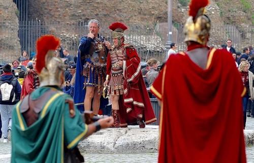 Roma 03/04/2014 Piazza del Colosseo - Guide abusive. Foto Pasquale Carbone / GMT